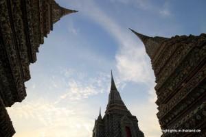 Chedis im Wat Pho